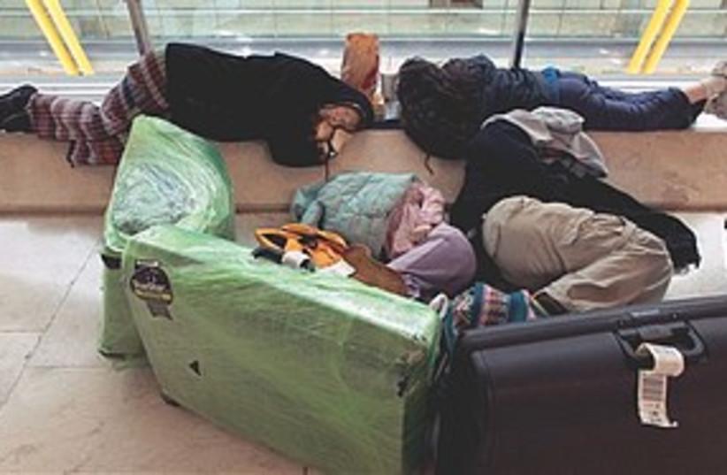 Barajas Airport wait 311 (photo credit: Associated Press)