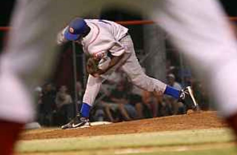 baseball 298.88 2 (photo credit: Efrat Sa'ar)