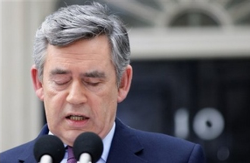 Gordon Brown to step down 311 (photo credit: Associated Press)