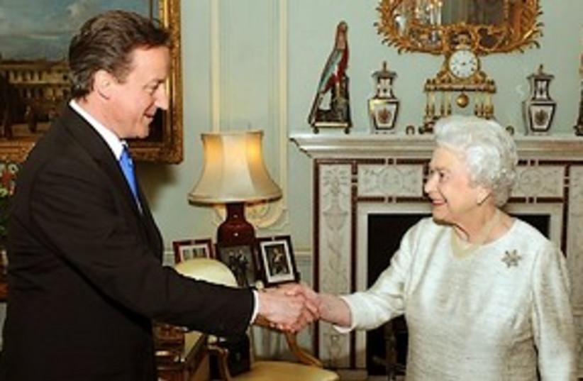 Cameron & Queen (photo credit: ASSOCIATED PRESS)