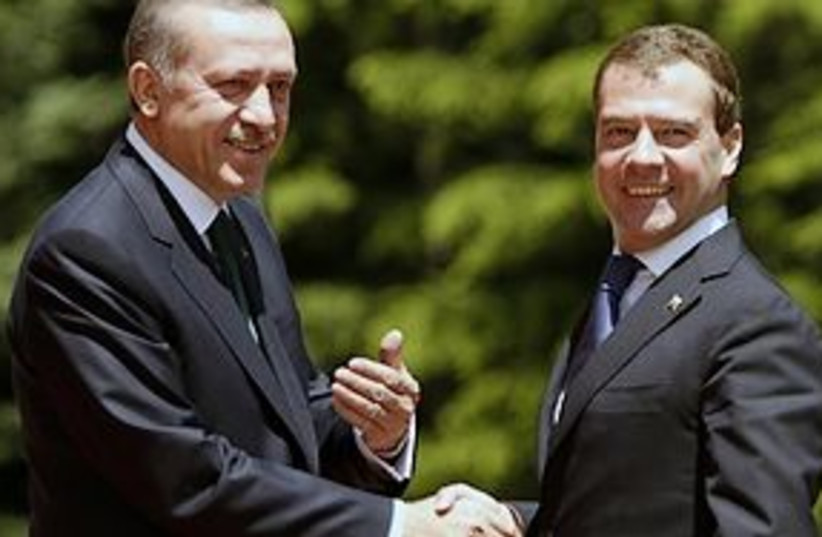 medvedev erdogan bff 311 (photo credit: AP)