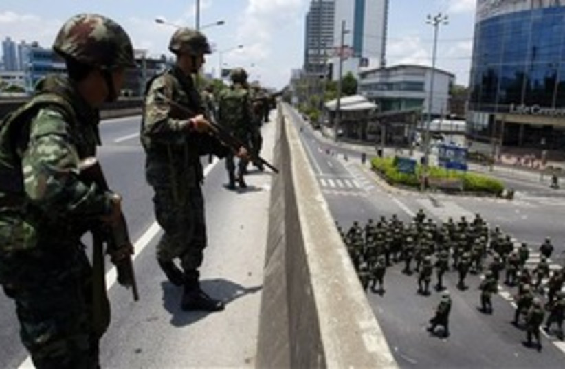Thai army controls Bakngkok (photo credit: ASSOCIATED PRESS)
