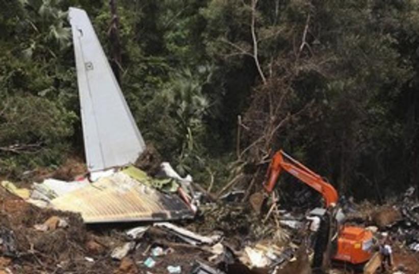 India plane crash 311 (photo credit: AP)