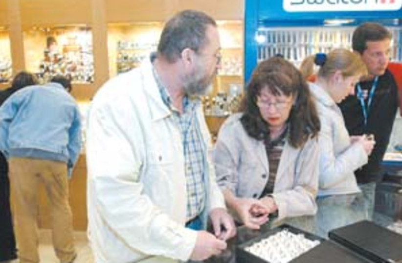 jewelry sales 88 298 (photo credit: Ariel Jerozolimski)