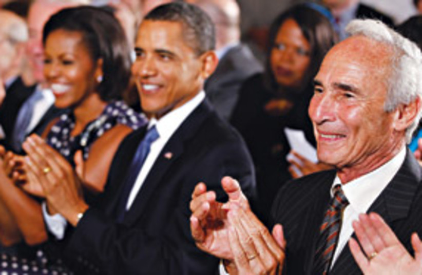 Obama and Sandy Koufax 311 (photo credit: AP)