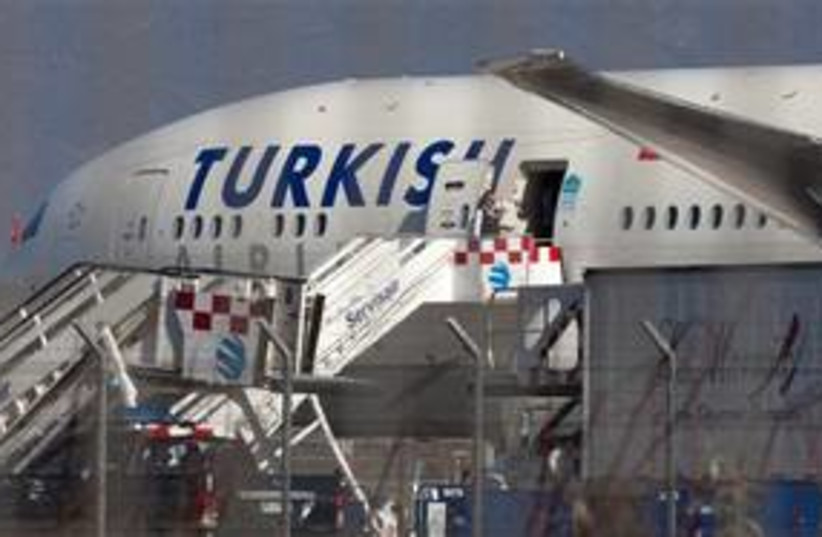 turkish air (photo credit: AP)
