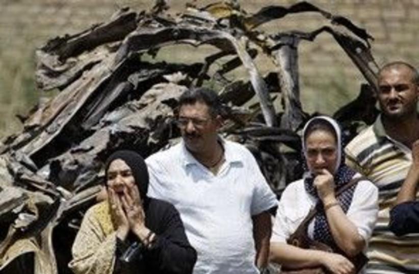 iraq car bomb 2 311 (photo credit: Associated Press)