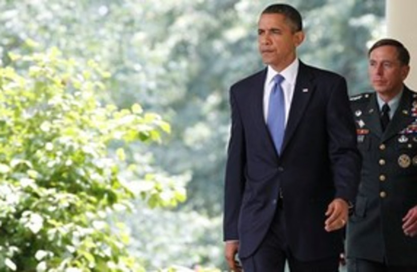 Obama and Petraeus 311 (photo credit: Associated Press)
