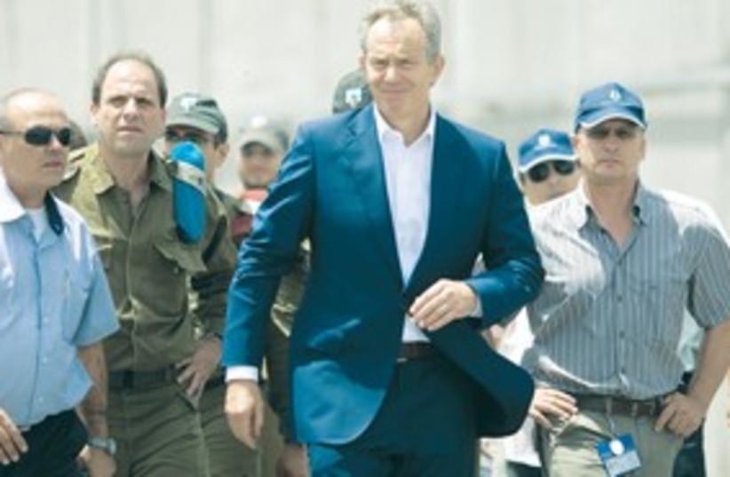 311_Blair at crossing (photo credit: Associated Press)