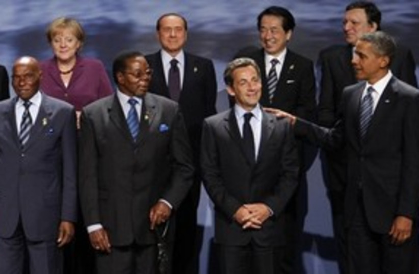 311_G8 group photo (photo credit: Associated Press)