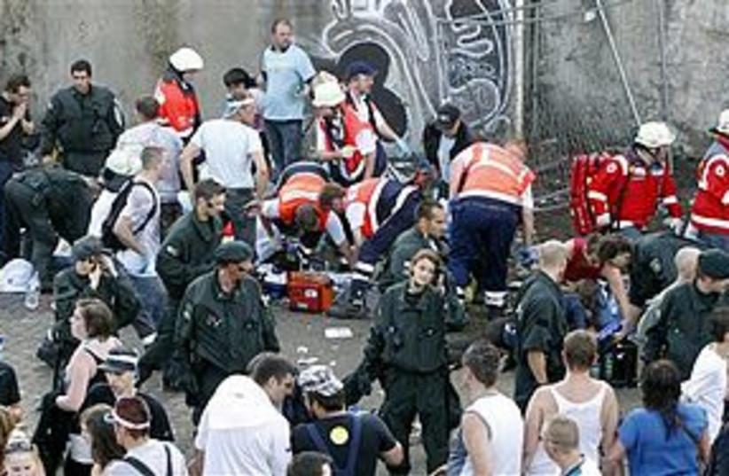 Love Parade deaths 311 (photo credit: Associated Press)