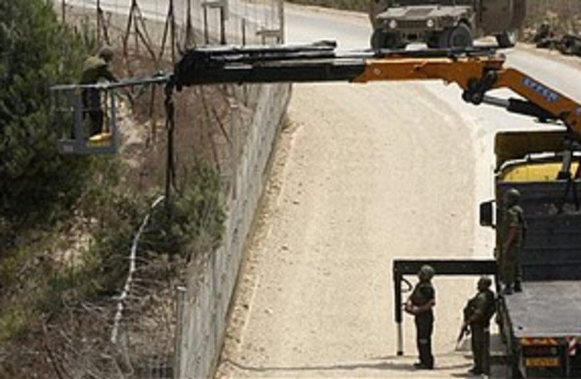 IDF Lebanon border crane (photo credit: Associated Press)