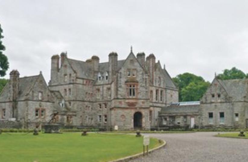 Castle Leslie Ireland (photo credit: MASADA SIEGEL)