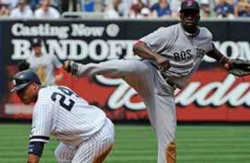 Yankees Red Sox 311 (photo credit: Associated Press)