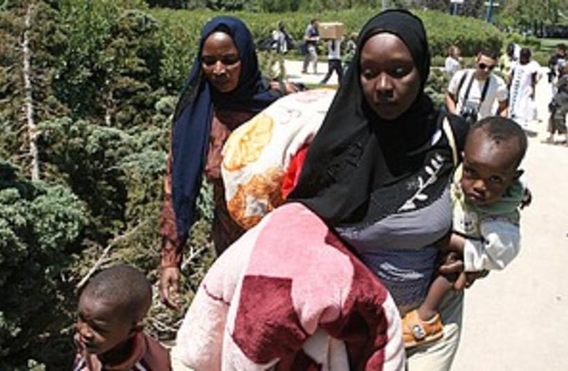 sudanese refugees 298.88 (photo credit: Ariel Jerozolimski)