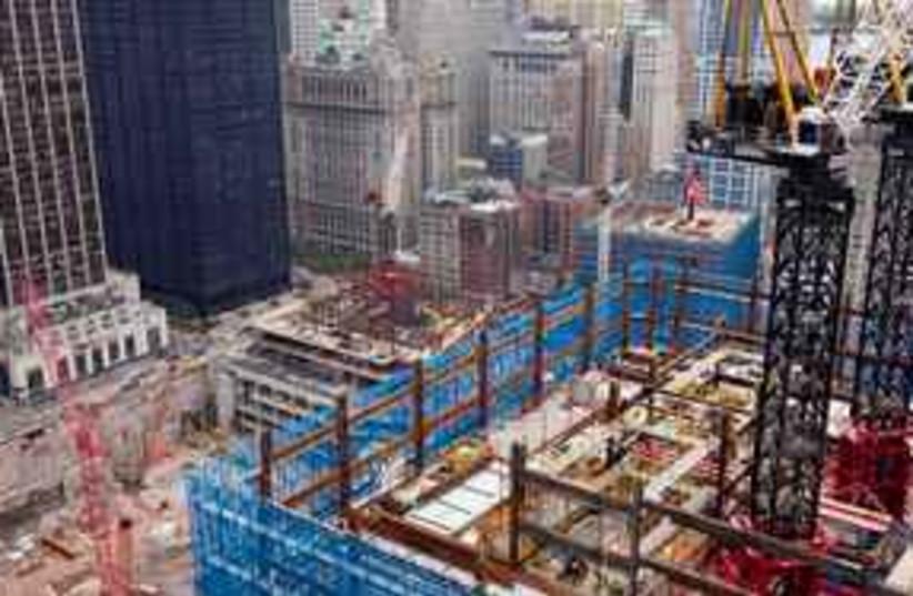 Ground zero 311 (photo credit: AP Photo/Mark Lennihan)