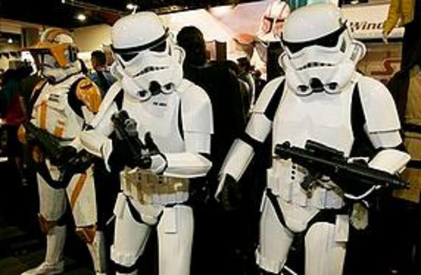 stormtrooper comic con 311 (photo credit: AP)