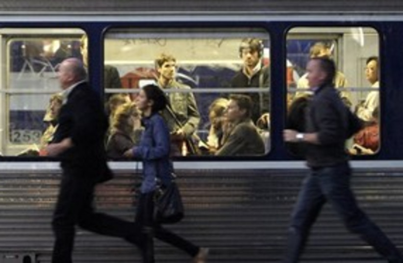 311_Paris Metro (photo credit: Associated Press)