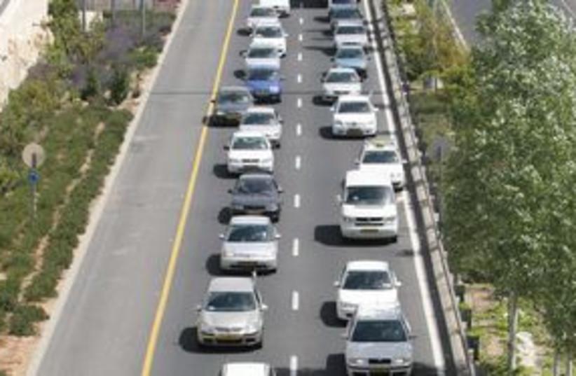 311_traffic jam (photo credit: Ariel Jerozolimski)