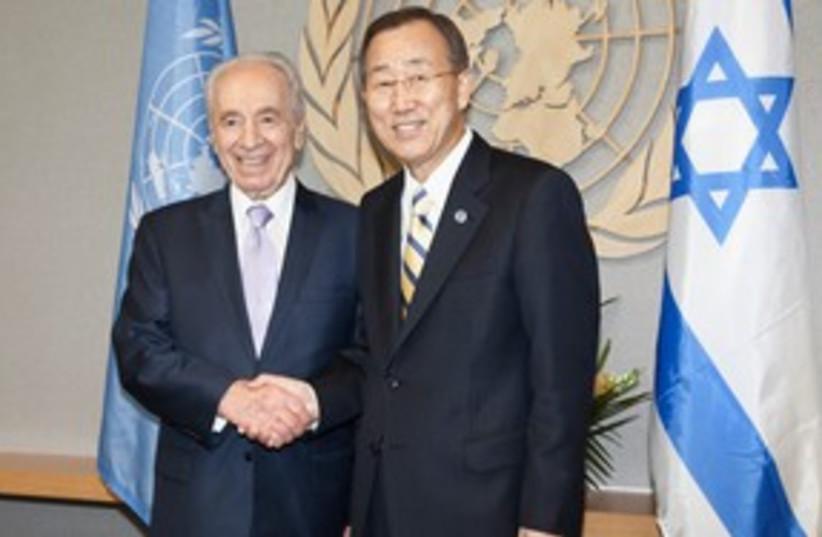 Peres Ban Ki Moon shaking hands 311 (photo credit: Meytal Yeslovitz)