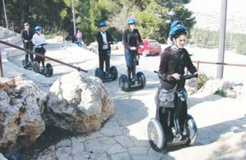 311_Segways in J'lem (photo credit: Courtesy of segwayjerusalem.co.il)