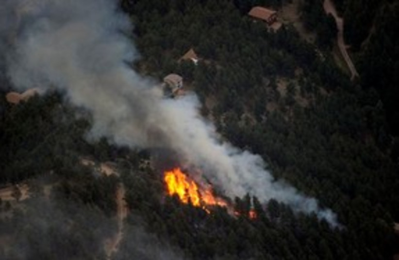 311_forest fire on mountain (photo credit: Associated Press)