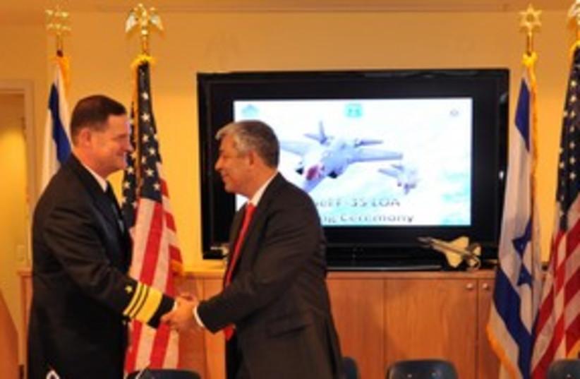 Ehud Shani and Vice Admiral David Velnet F-35 deal 311 (photo credit: Ariel Harmoni)