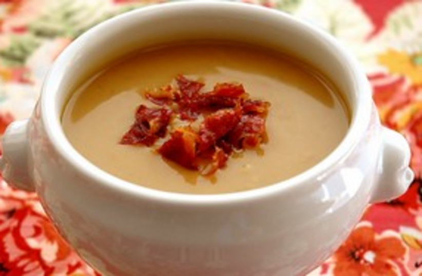 Boozy chestnut and squash soup 311 (photo credit: Miriam Garcia)