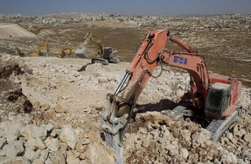 Pisgat Zeev construction tractors 311 AP (photo credit: AP)