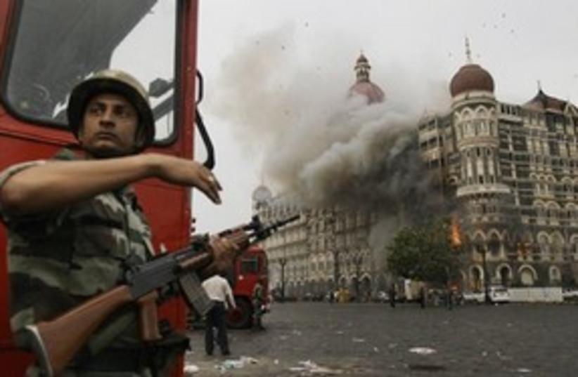 Mumbai attack hotel on fire 311 AP (photo credit: AP)