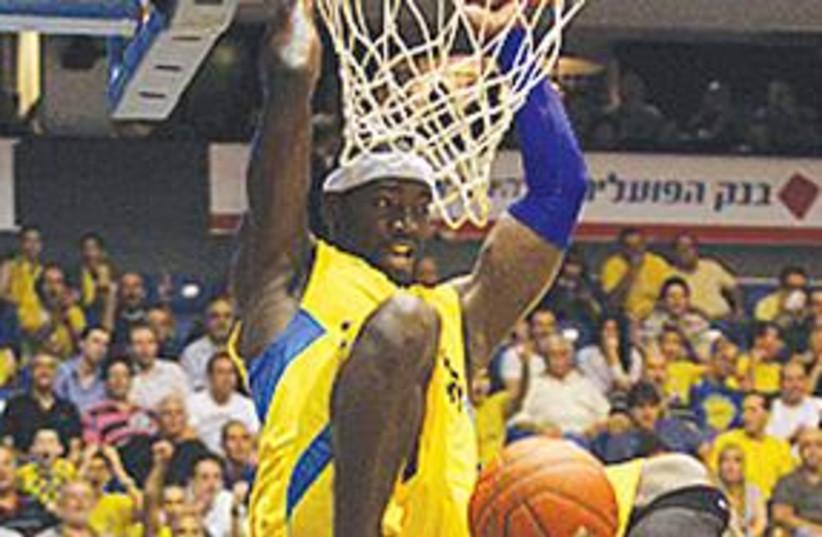 MACCABI TEL AVIV guard Doron Perkins (photo credit: Maccabi Tel Aviv website)