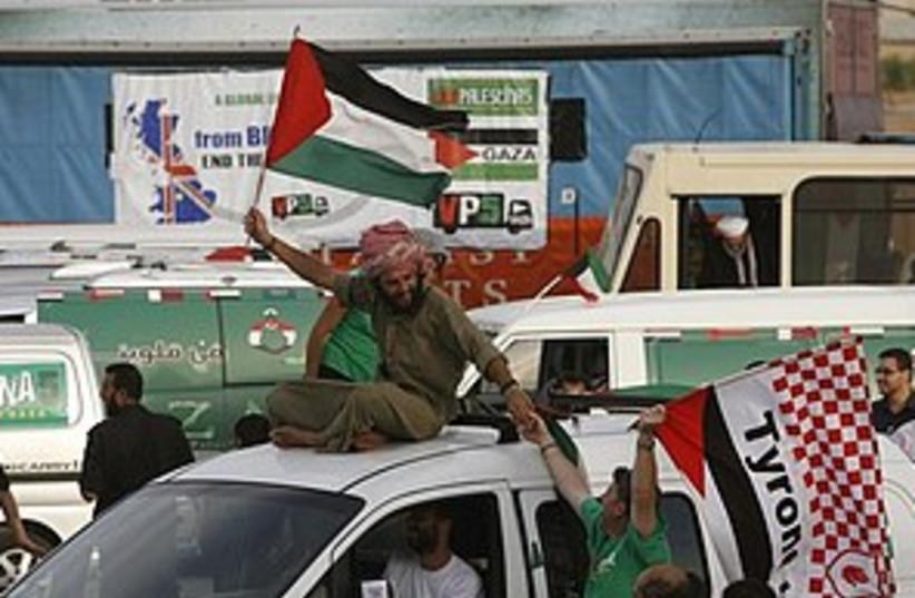 viva palestina welcomed_311 (photo credit: ASSOCIATED PRESS)