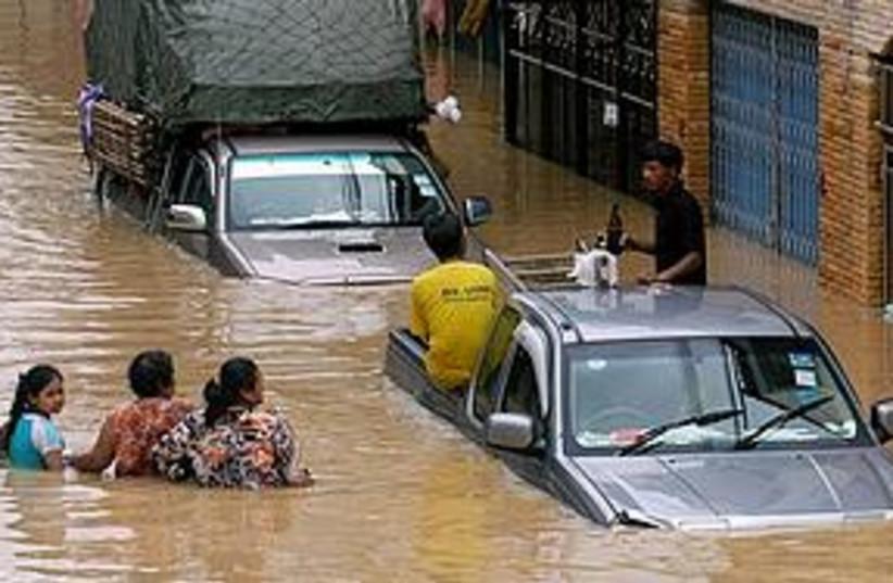 Thailand flooding (photo credit: ASSOCIATED PRESS)