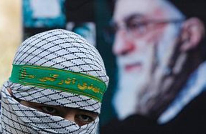 Iranian dresses up as Palestinian (photo credit: ASSOCIATED PRESS)