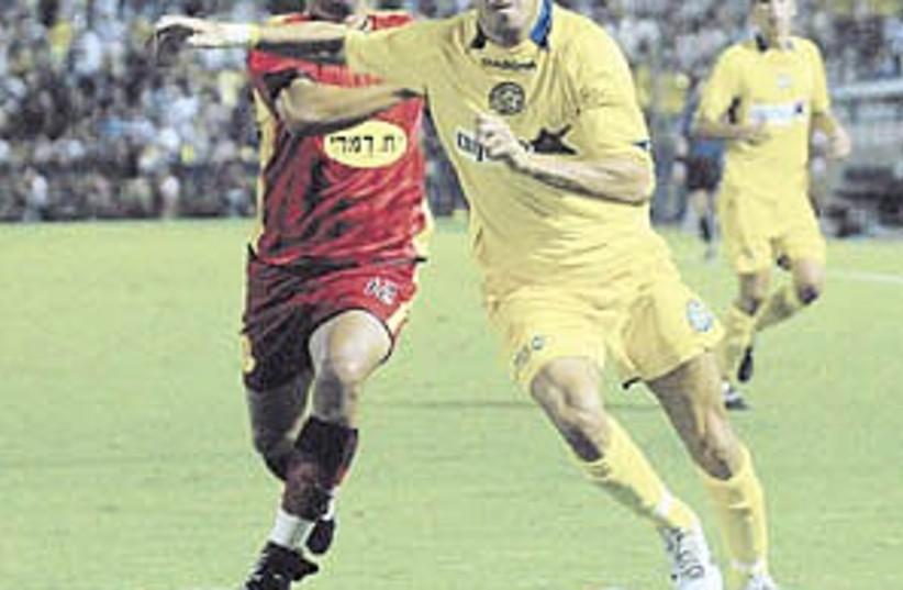 Maccabi TA soccer 298.88 (photo credit: Asaf Kliger)