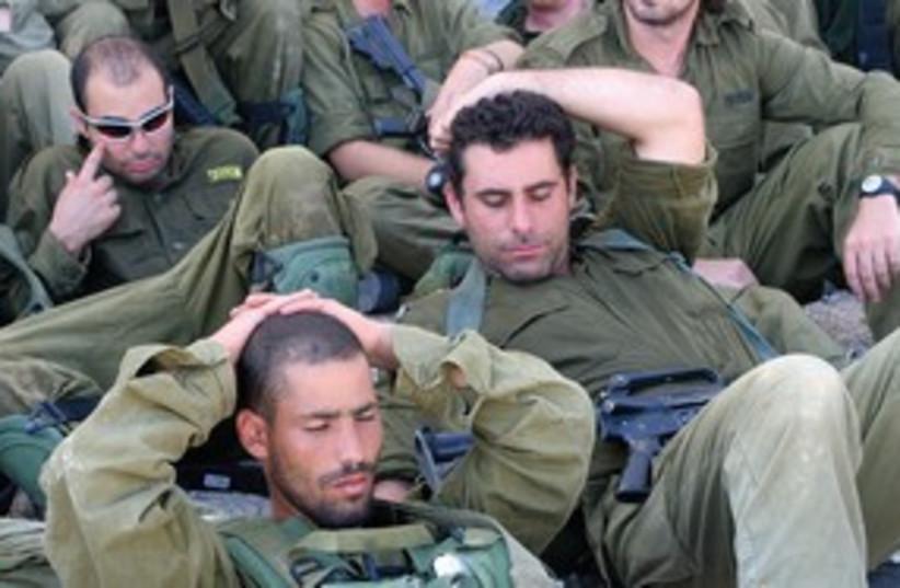 Israeli reserve soldiers 311 (photo credit: Marc Israel Sellem)