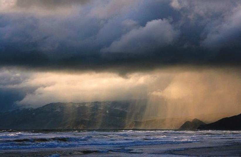rain (photo credit: commons.wikimedia.org)