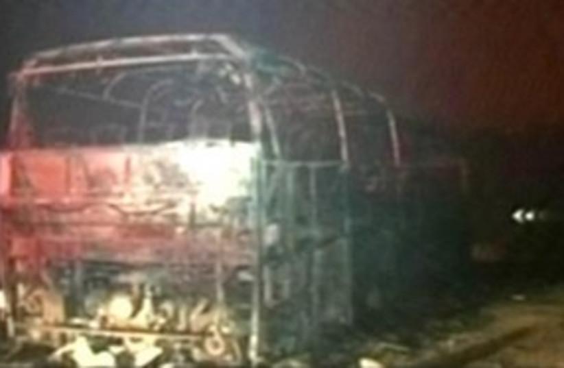 Bus in Carmel fire 311 (photo credit: Channel 10)