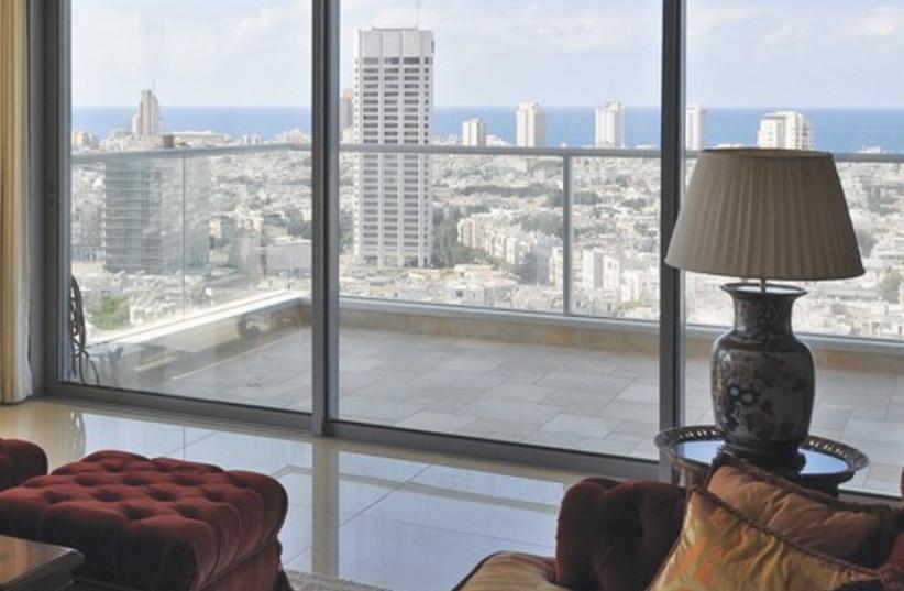 elegant apartment_521 (photo credit: Uriel Messa)