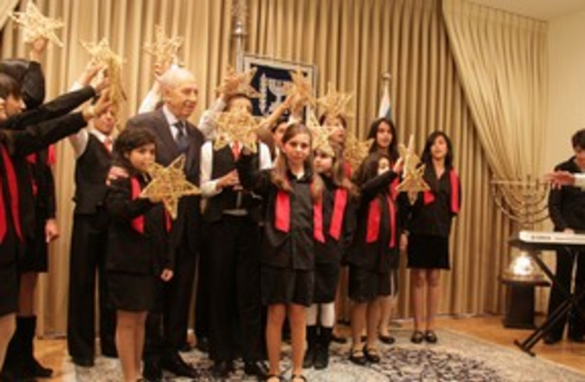 Peres in Christmas 311 (photo credit: Yosef Avi Yair Angel )