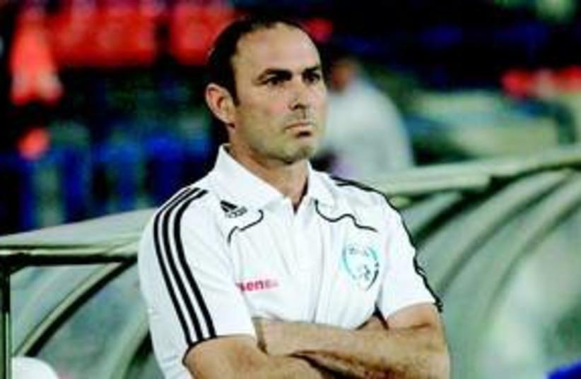 Maccabi Tel Aviv coach Moti Ivanir 311 (photo credit: Adi Avishai)