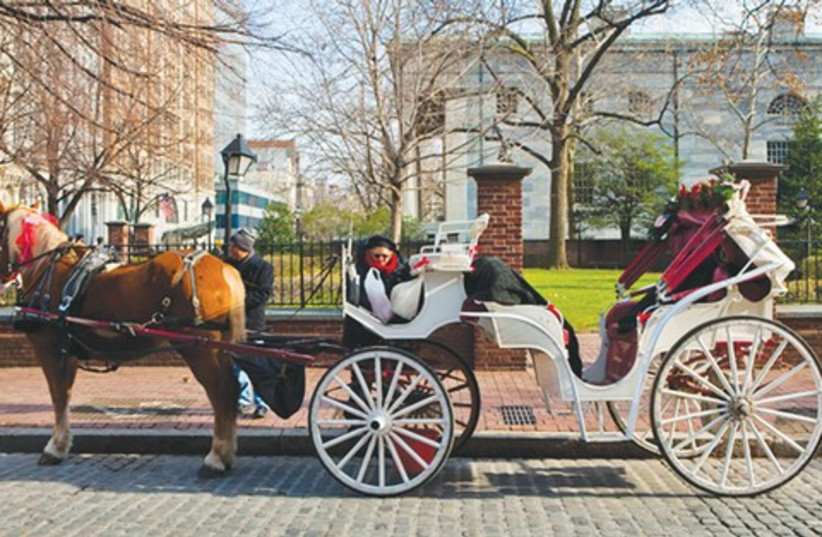 Horse drawn carriage in Philadelphia 521 (photo credit: Dafna Tal)