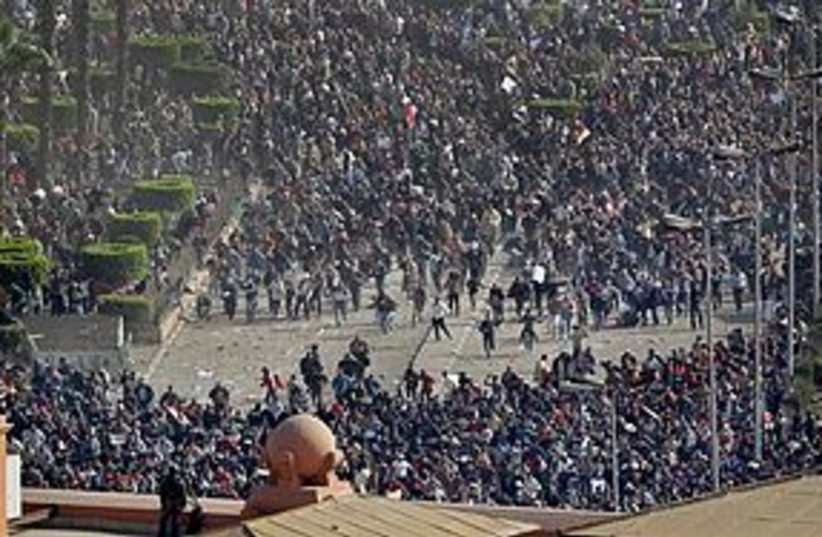 egypt riot mob 311 (photo credit: Associated Press)
