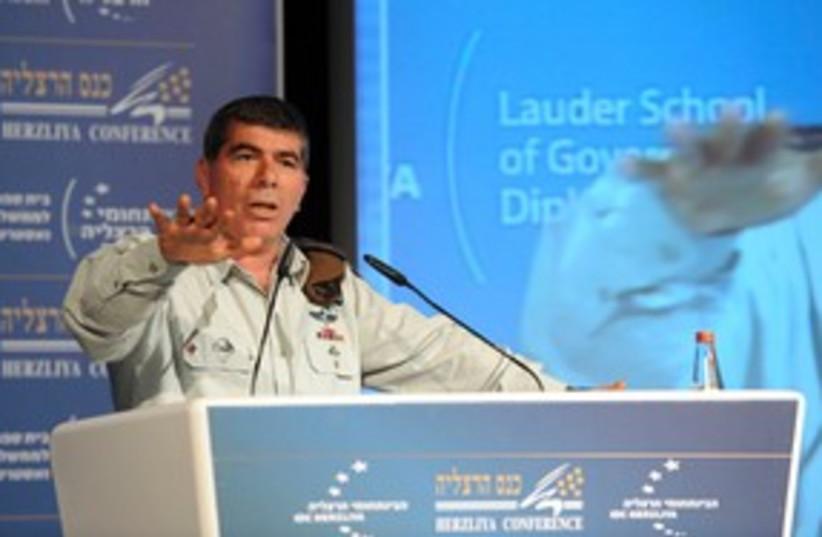 Gabi Ashkenazi at Herzliya Conference 311 (photo credit: Uri Porat)