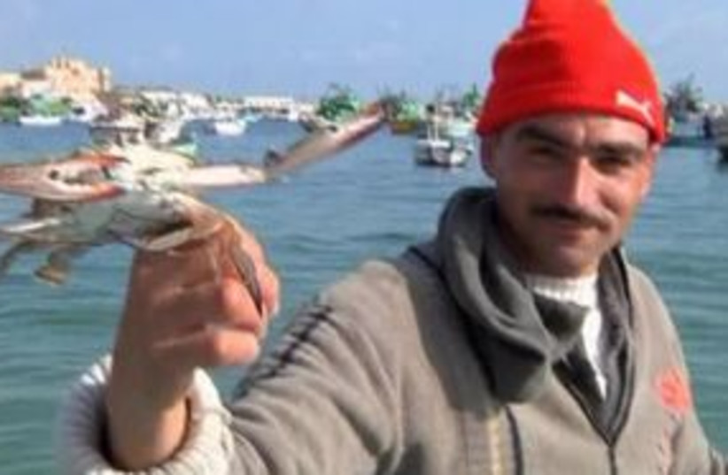Egypt fisherman 311 (photo credit: Reuters Video)