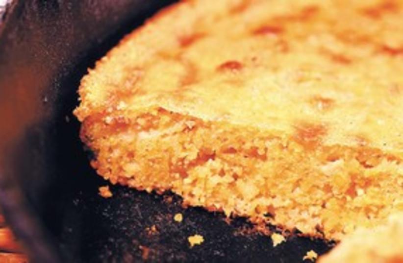 Cornbread corn bread 311 (photo credit: MCT)