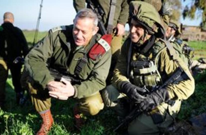 Gantz and soldier 311 (photo credit: IDF Spokesperson)