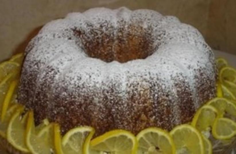 7 Up pound cake (photo credit: Courtesy)