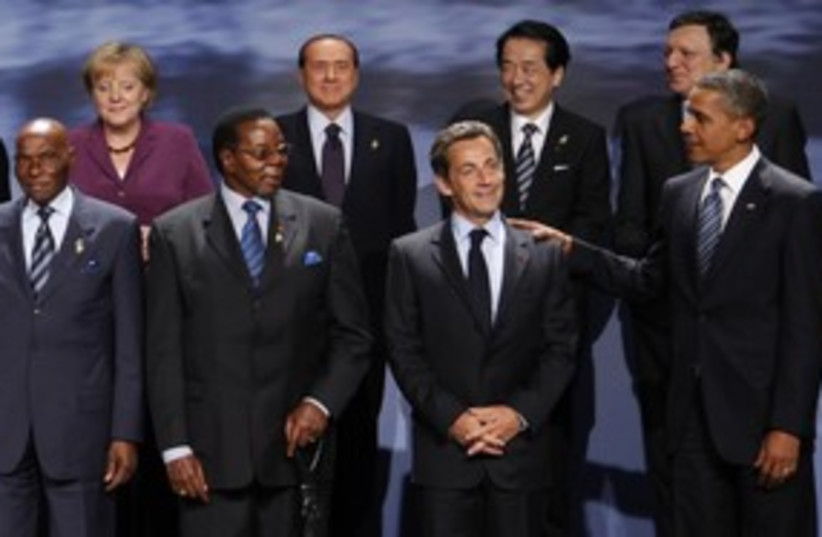 G8 group photo (R) 311 (photo credit: Reuters / Images)