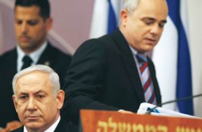 PM Netanyahu and Finance Minister Yuval Steinitz 311 (R) (photo credit: REUTERS)